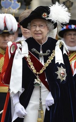 The Queen depicted wearing the robes and regalia of the Order of the Garter