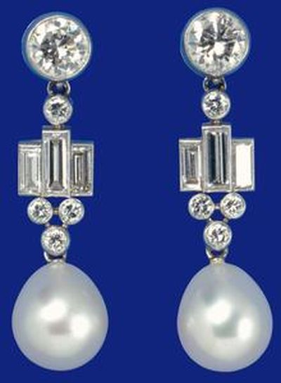Pair of pearl drop earrings, circa 1947