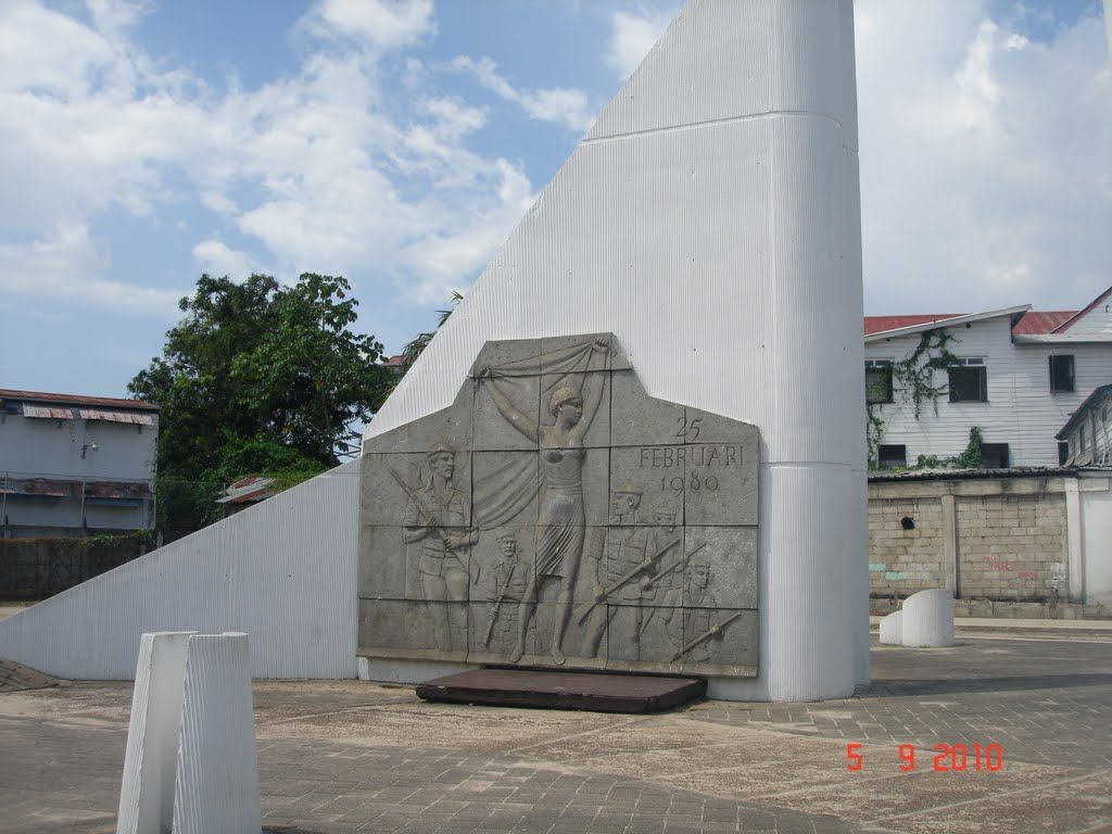 Monument to the Revolution