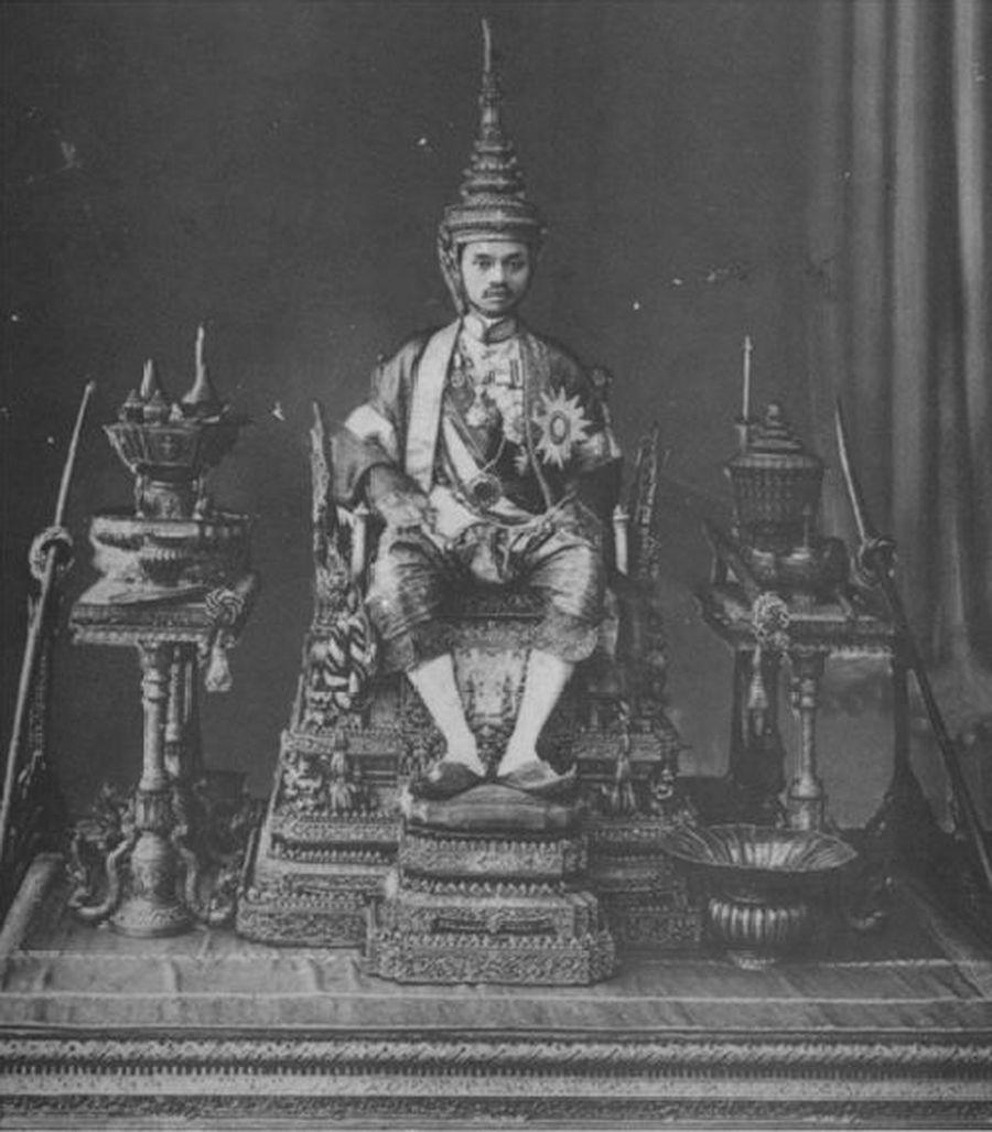 a biography of king ramkhamhaeng or rama the valiant